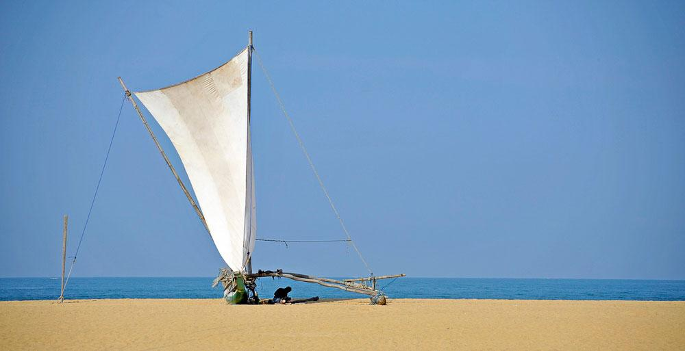 Blog-Negombo-boat-repairs-4