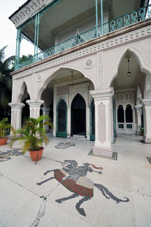 Cienfuegos - Palacio de Valle - exterior detail - Cuba