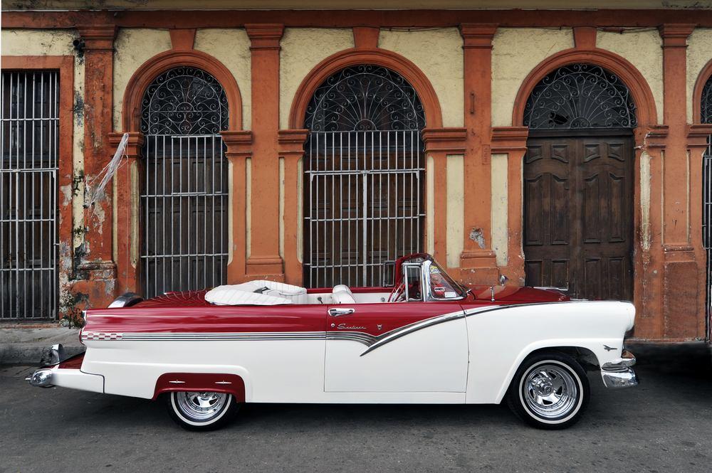 Havana - 1956 Ford Fairline Sunliner - Cuba