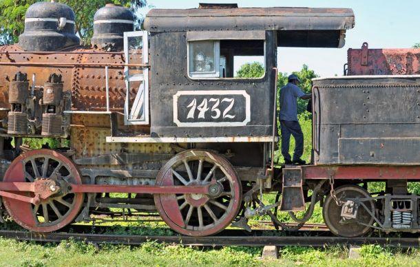 Trinidad - steam loco 3 - Cuba