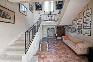 Chateau Fonteclose Logis Hallway 1s