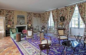 Chateau Fonteclose Logis drawing room 1s