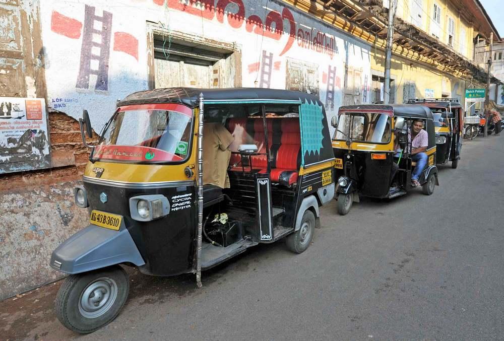 India, Kerala, Cochin, Fort Kochi, rickshaws