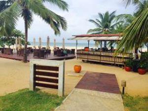 Uga beach bar