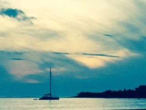 Uga beach boat