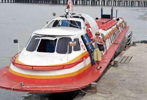 TLC Cherrie boardng Skimmer to Pulao Ketam 2