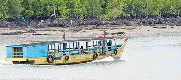 TLC River boat