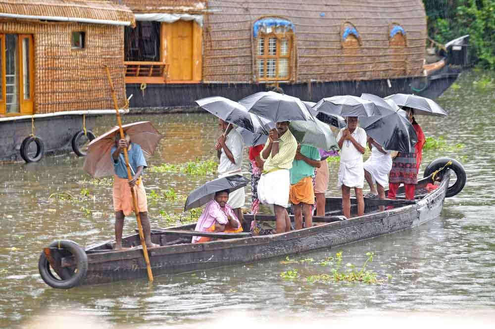 India, Kerala, Cochin, waterways rainswept river boat 4
