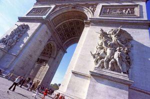 TLC Arc de Triomphe 2