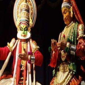 Kathakeli dancers
