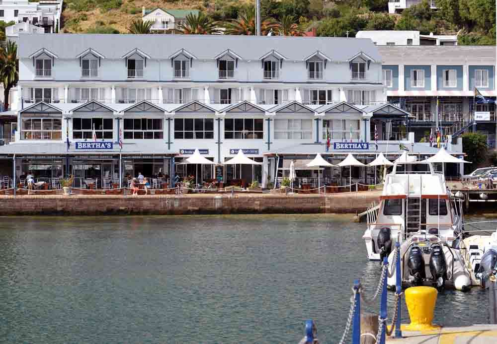 capetown-simons-town-waterfront-4s