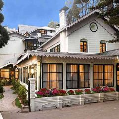 Dally in Darjeeling in these three exceptional  hotels