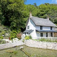 Life for the living in Lulworth