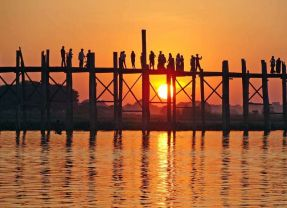 The Road to Mandalay – best by boat?